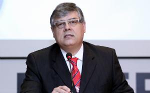 Professores da PUC-SP debatem Direito Constitucional na Bienal do Livro de SP
