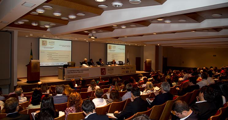Rio de Janeiro sedia fórum sobre controle da gestão pública