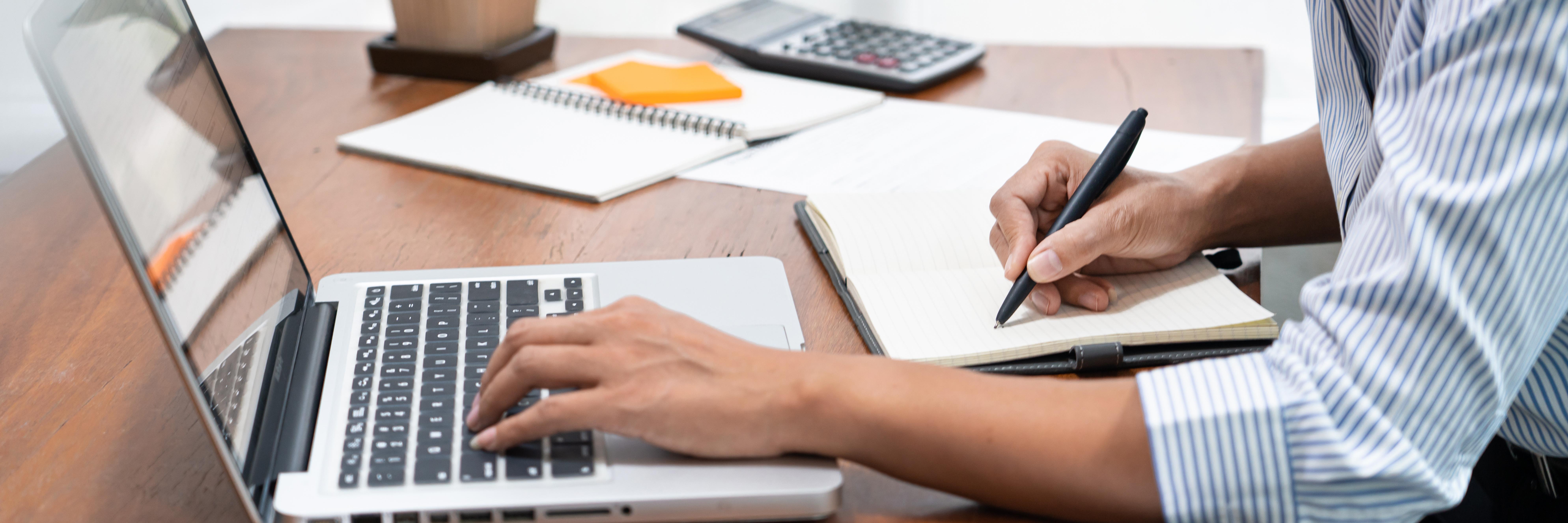 Domine diversos aspectos da nova Lei de Licitações com uma série de cursos chancelados pela FÓRUM